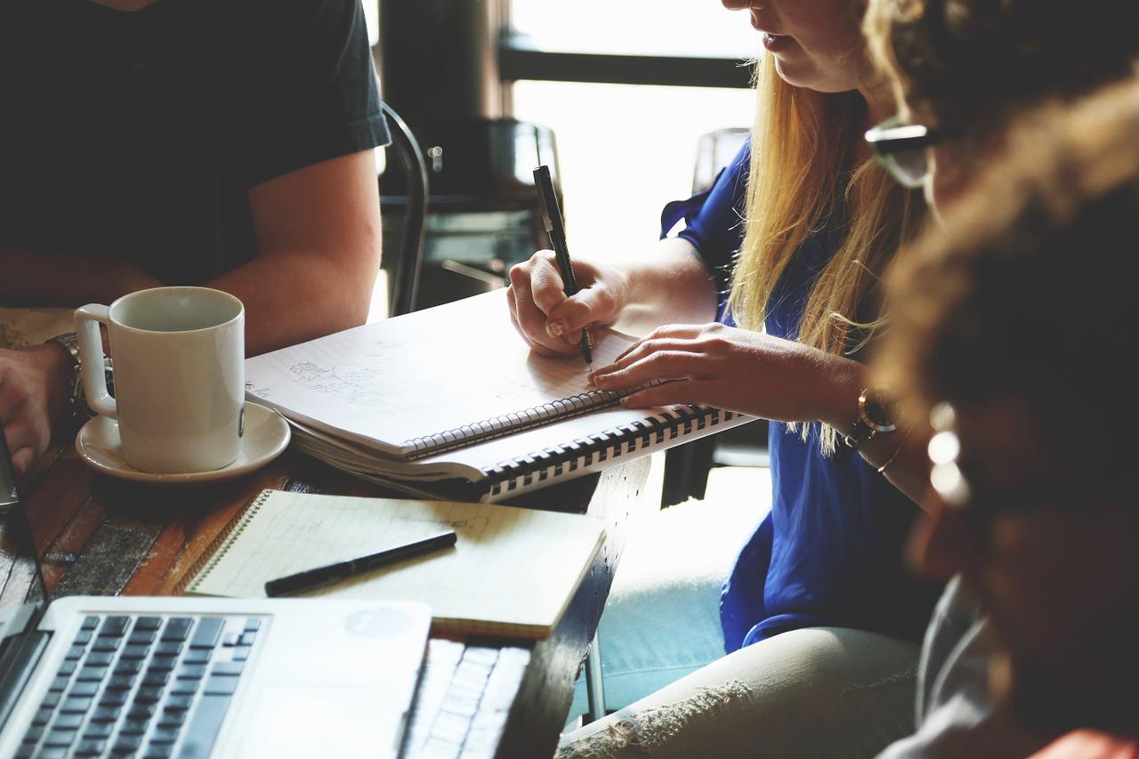 districafe reunion de trabajo